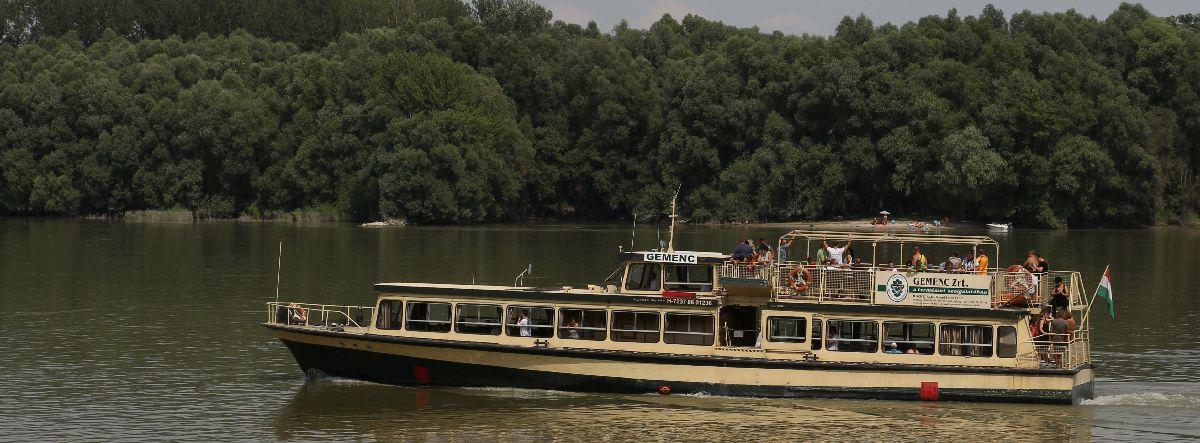 Sétahajó_17001