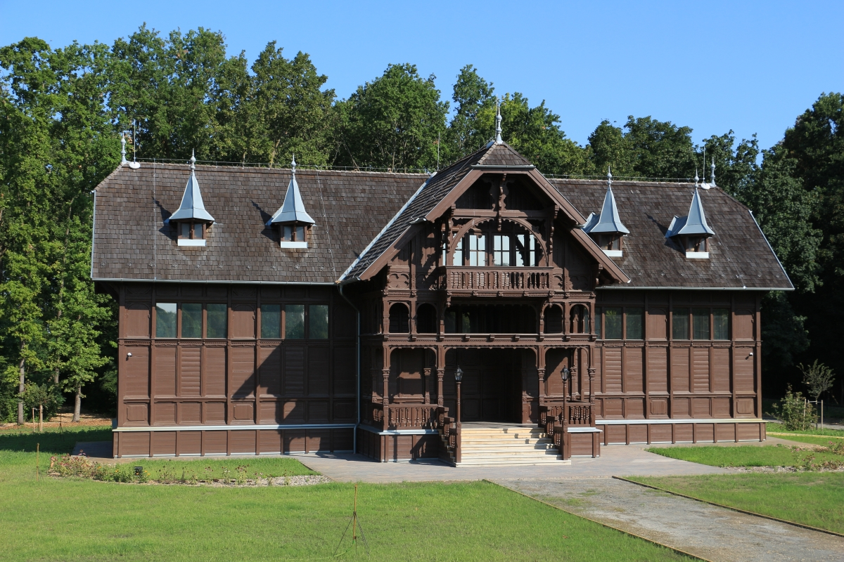 Frigyes főherceg felújított kiállítási pavilonja a pörbölyi Ökoturisztikai Központban